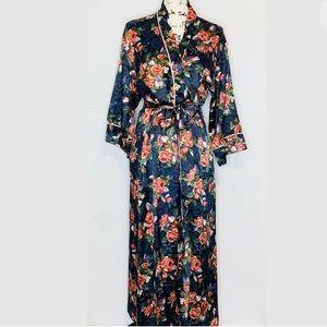 *Flash sale* Authentic Christian Dior Robe